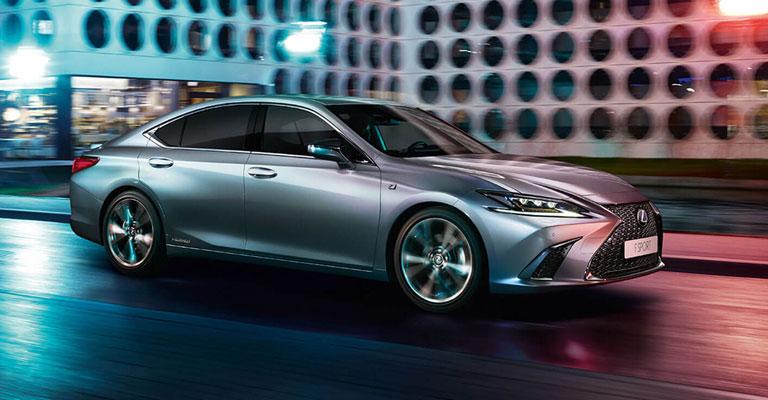 Lexus ES Hybrid Torino